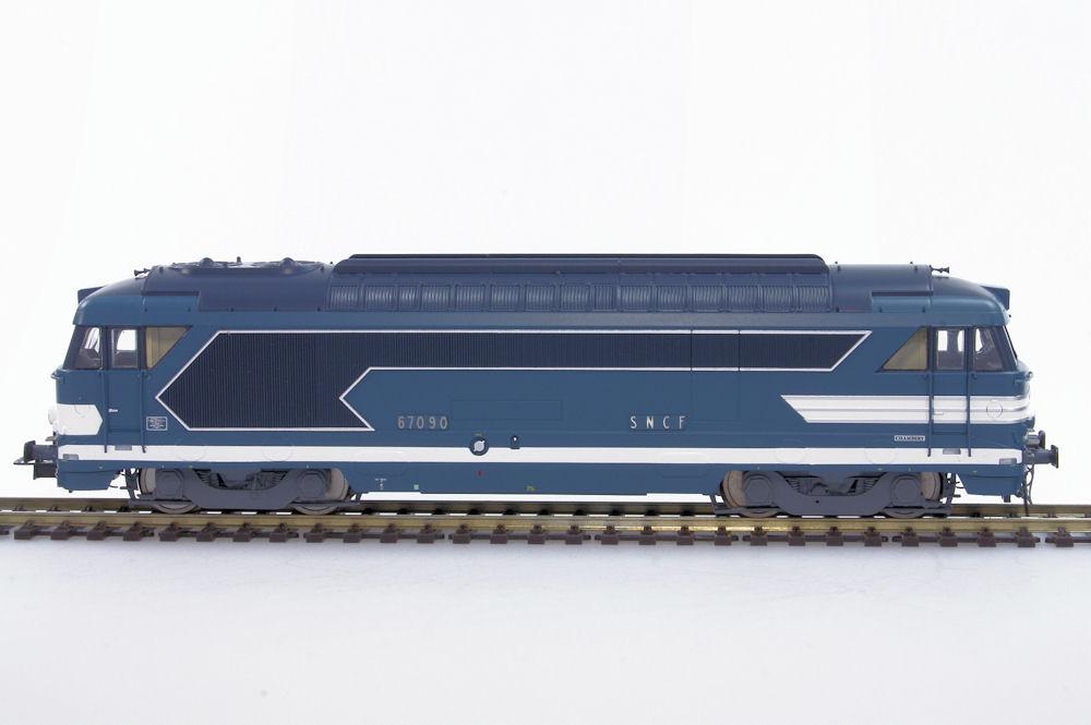 locomotive di u00e9sel bb67090 d u00e9p u00f4t de chambery sncf  u00e9poque iii jouef